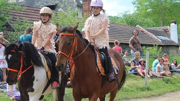 Jezdecká šou dobrkovické stáje Pohoda.