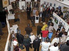 Výstava celé škály výtvarníků v Křemži.