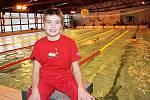 Kladný vztah k mokrému skupenství demonstrovala Anežka Paloudová i minulý týden, kdy byla nejmladší účastnicí plaveckého maratonu – Krumlovská čtyřiadvacítka.