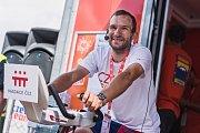 Virtuálním vítězem této nadační soutěže se stal patnáctý závodník z cyklistické časovky, Jan Bárta. Cílovou pásku proťal v sumě 459 Kč.