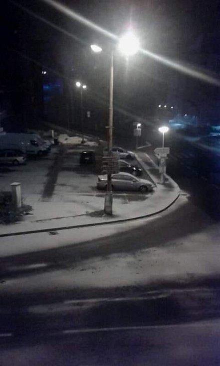 První sníh této sezóny. Foto: Jana Pražáková