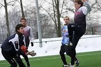 Hlubocká zimní liga 2010 / SK Rudolfov - FK Topmen Spartak Kaplice 2:6 (2:3).