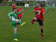 OP muži - 2. kolo: FK Nová Ves / Brloh B (červené dresy) - FK Dynamo Vyšší Brod 0:8 (0:3).
