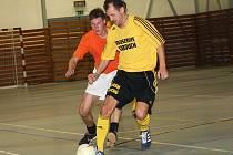 Letité zkušenosti zúročil Zbyněk Ginzel i na palubovce a k postupu Bombarďáků do ligového play off přispěl dvanácti góly.