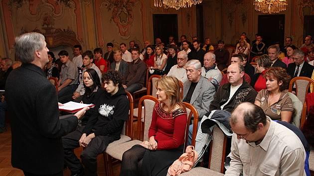 Vyhlášení se odehrálo již poněkolikáté v Prokyšově sále českokrumlovské Prelatury.