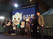Timothy Belcher a Ivan Crkva z českokrumlovského Středního odborného učiliště porazili konkurenci z celé republiky a získali titul Truhlář roku 2017.