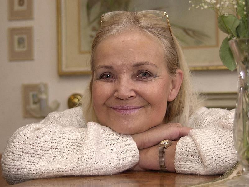 Gabriela Vránová ztvárnila v pohádce Tři životy malou, ale důležitou roli.