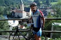 Jan Cipín při svých výšlapech na kole.
