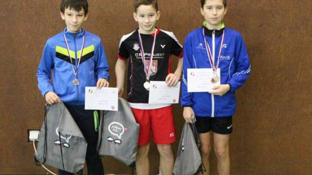 Ve dvouhře na jihlavském republikovém turnaji bral Patrik Fuciman (vpravo) bronz, další kov stejné hodnoty získal ve čtyřhře a stříbro přidal ve smíšené čtyřhře.