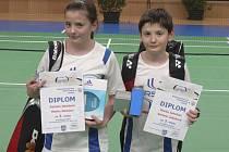 Českokrumlovská sourozenecká dvojice Daniela a Marek Jakešovi se blýskla ve společně hrané smíšené čtyřhře a z Mostu si odvezla výbornou bronzovou medaili.