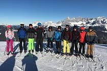 Studenti českokrumlovského gymnázia si užili lyžařský výcvik v rakouských Alpách.