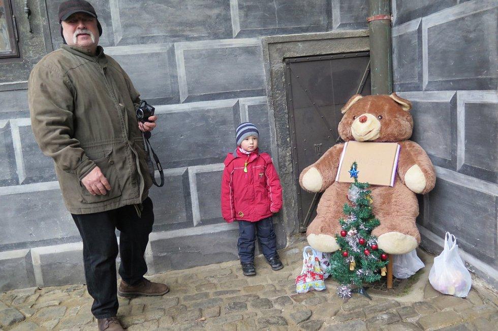 Medvědí Vánoce v Českém Krumlově.