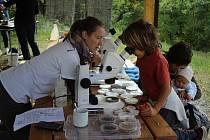 Pracovníci Domu dětí a mládeže v Prokešově zahradě připravili rozmanitá stanoviště s ekologickou tématikou.