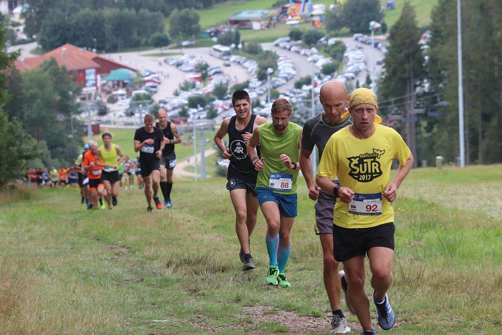 Lipno Sport Fest 2019 v sobotu zahájil půlmaraton v rámci Mizuno Trail Running Cupu 2019.