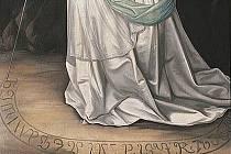 Nápis je rozluštěn. Pokud otočíte Perchtin obraz vzhůru nohama, měl by být vidět její duch.