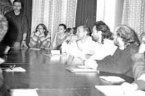 Jednání Občanského fóra v Českém Krumlově v roce 1989.
