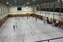 Sportovní hala na Chvalšinské silnici v Českém Krumlově hostila turnaj juniorů do 17 let.