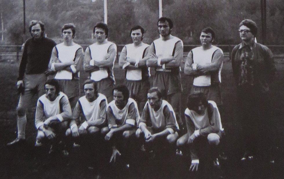 Fotbal v Kaplici píše stoletou historii. Áčko Spartaku v sezoně 1978/79.