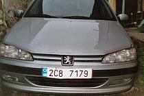 Peugeot Petra Kouby v šedé metalíze.