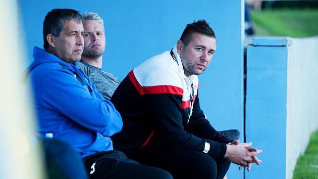 Trenér Viktorie Přerov David Rojka (vpravo)
