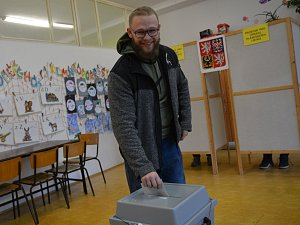 Strongman Tkadlčík volil prezidenta v Přerově