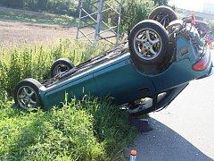 Nehoda mazdy mezi Osekem nad Bečvou a Veselíčkem