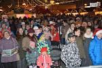 Česko zpívá koledy na náměstí TGM v Přerově, 13. prosince 2017
