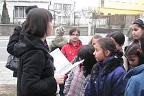 Literární procházky Lipníkem nad Bečvou organizovala ve středu 23.3.2011 městská knihovna. Vlasta Kulíšková školáky i zájemce z řad veřejnosti provedla po místech, která jsou spojená s významnými spisovateli
