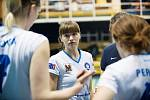Volejbalistky Přerova (v bílém) doma nestačily na Královo Pole. Megan Vander Meerová.