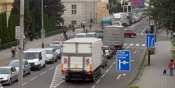 Dopravní zácpy vPřerově - Komenského ulice