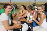 Devatenáctého ročníku tradičního pochodu Po stopách lovců mamutů se první říjnovou sobotu zúčastnila zhruba tisícovka zájemců.