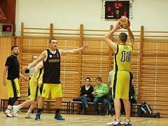 Derby mezi basketbalisty Přerova a Lipníku nad Bečvou v lipnické hale