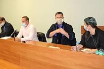 U soudu v Přerově stanuli 18. června 2020 manželé obžalovaní z útoku na romské děti. Incident se odehrál v dubnu 2019 v Lipníku nad Bečvou.