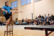Exhibice vicemistrů světa ve stolním tenise Jindřicha Panského a Milana Orlowského v Tovačově
