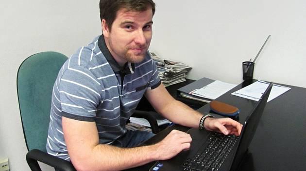 Genealog Ondřej Štěpánek při on-line rozhovoru se čtenáři Deníku