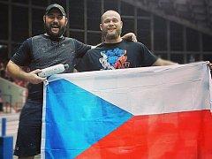 Přerovský strongman Jiří Tkadlčík (vpravo) na World's Strongest Man 2017 ve Spojených státech. Vedle něj strongman a kamarád James McGregor.