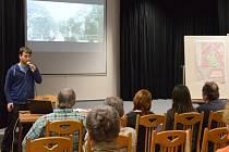 Debata o revitalizaci parků v Přerově v sále budovy pedagogické školy