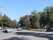 Ulici Svisle v Přerově čekají dopravní  změny - vyžádali si je rodiče školáků, kteří upozornili na nebezpečné přecházení přes cestu.