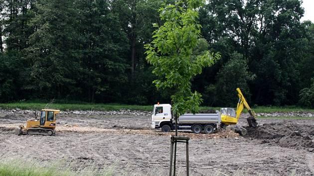 Revitalizovaný rybník Kuchyňka v Hranicích