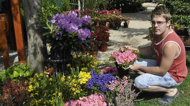 Prodejní květinová výstava v nově zrekonstruovaném areálu Aniččin dvůr