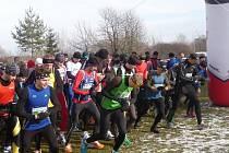 Na startu druhého ročníku Zimního běhu podél Bečvy Grymov – Ondřichov – Grymov se sešlo přes sto vytrvalců.