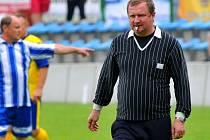 Trenér reprezentace Pavel Vrba pískal na oslavách 90 let fotbalu v Kozlovicích