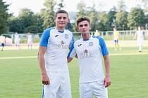 Ukrajinský dvojice Vasyl Dan (vlevo) a Mykola Hats