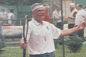 1995. Tehdejší premiér Václav Klaus na tenise v Přerově.