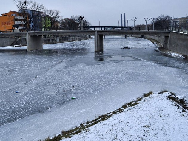 Řeka Bečva v Přerově, 8. ledna 2015