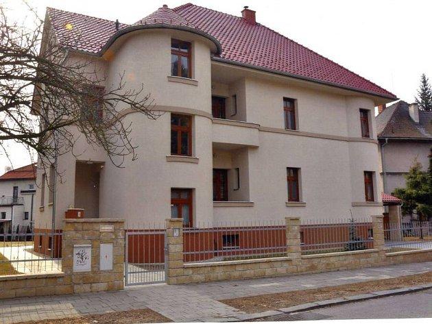 V kategorii rekonstrukce zvítězil nově opravený rodinný dům v Máchově ulici 4.