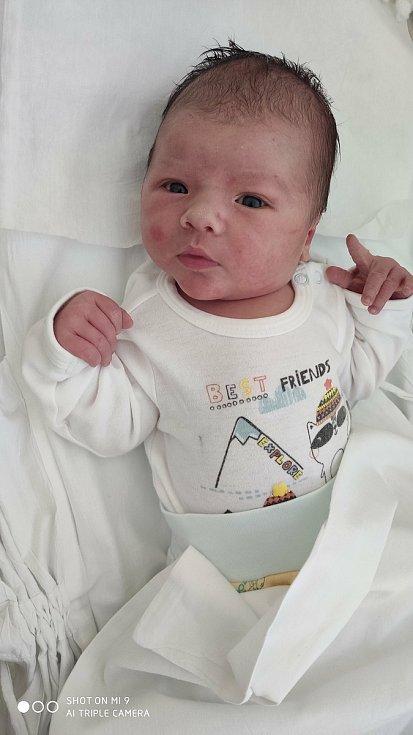 Samuel Mik, Přerov, narozen 18. června 2020 v Přerově, míra 55cm, váha 4084 g