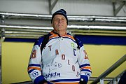 Hokejisté Přerova (v modrém) doma porazili Litoměřice 4:2