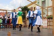Přerov žil během víkendu folklorem. Na Horním náměstí a nádvoří přerovského zámku se totiž uskutečnil dvanáctý ročník folklorního festivalu V zámku a podzámčí