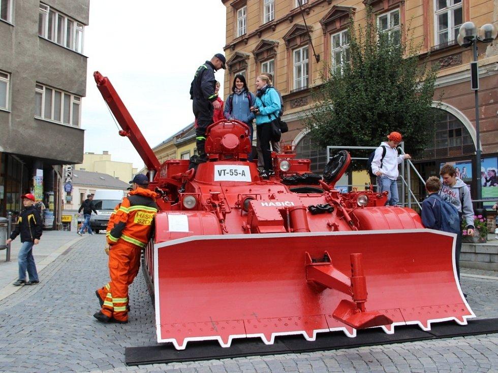 Oslavy přerovských hasičů na na náměstí T. G. Masaryka